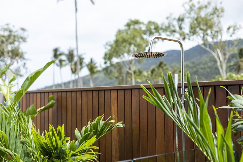 Azure at Funnel Bay - Flametree, QLD, holiday rental in Airlie Beach
