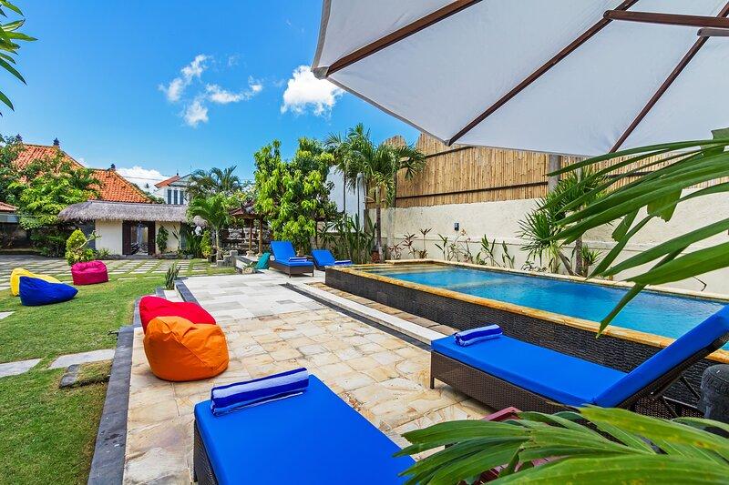 Villa Puri Cahaya - 3BR, vacation rental in Kuta Selatan