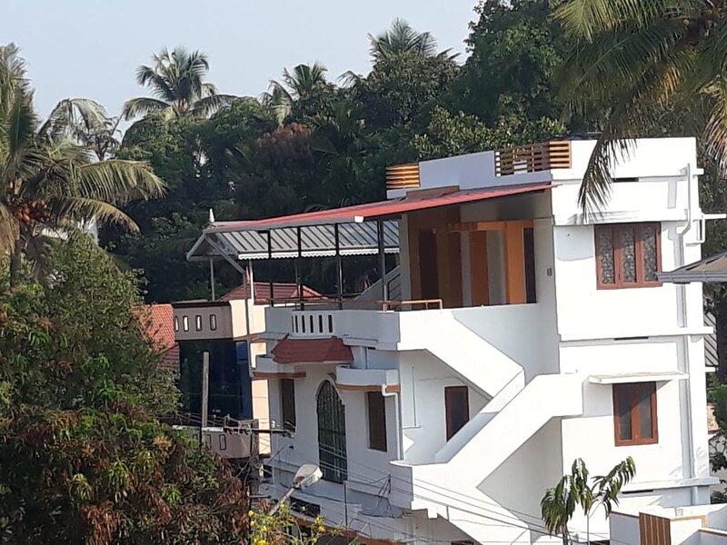 Independent beautiful and safe 1BHK at kochi, holiday rental in Kumbalam