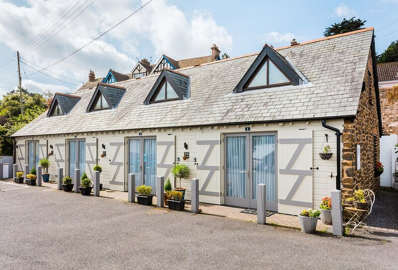 Ship Mews, Apartment 2, Porlock, holiday rental in Porlock