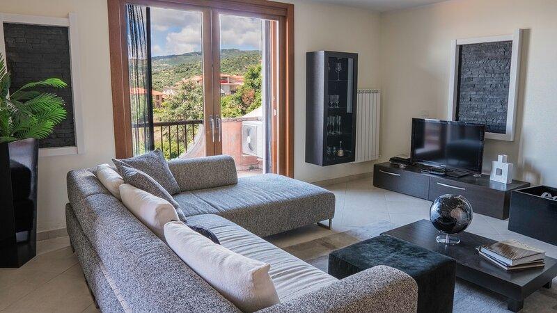 Il Pashà - Confortevole casa per 6, holiday rental in Nughedu Santa Vittoria