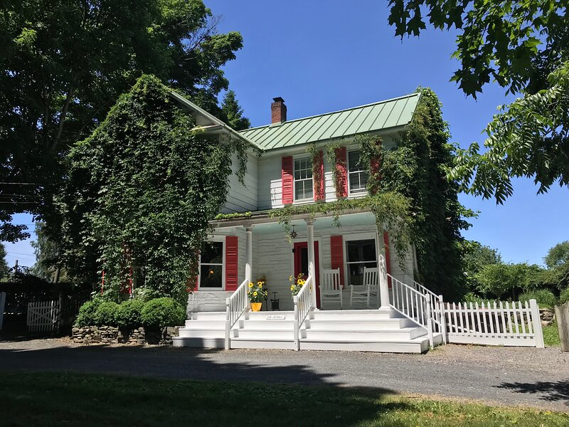 Famous Liberty View Farm, vacation rental in New Paltz