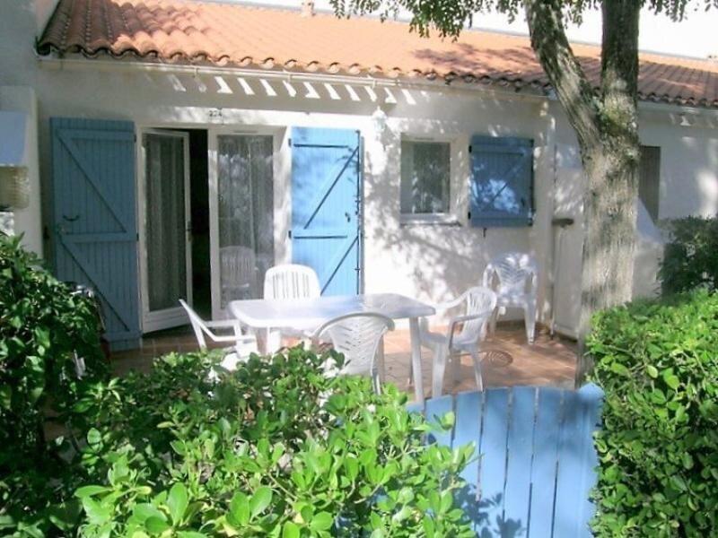 LA PALMYRE - MAISON MITOYENNE AVEC TERRASSE - PROXIMITE CENTRE-VILLE, location de vacances à Saint-Maur-des-Fossés