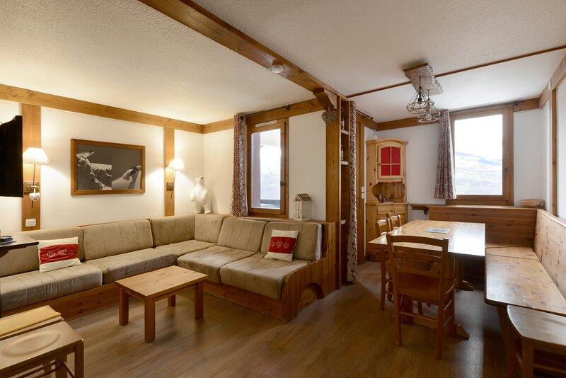 Chaleureux appartement à Montchavin, vue sur le Mont Blanc - 10 personnes, location de vacances à Montchavin