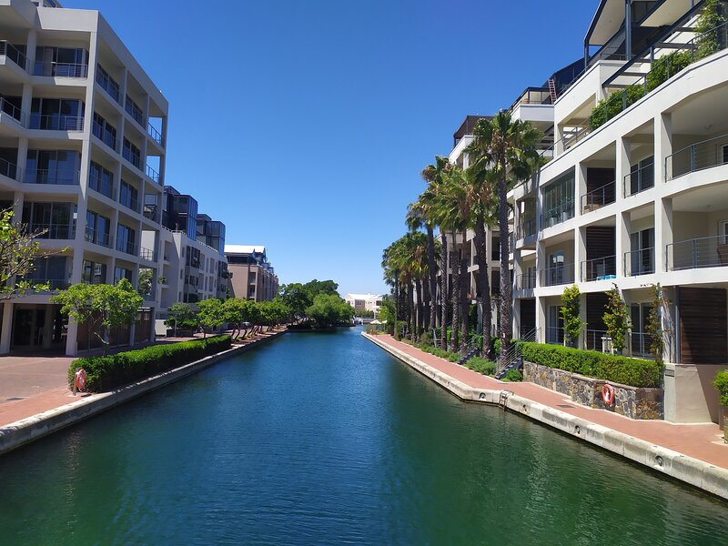 One Bedroom Apartment - fully furnished and equipped, alquiler vacacional en De Waterkant