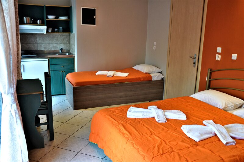 Beautiful Room for 3 people in Limenaria, only five minutes away from center, holiday rental in Skala Sotiros