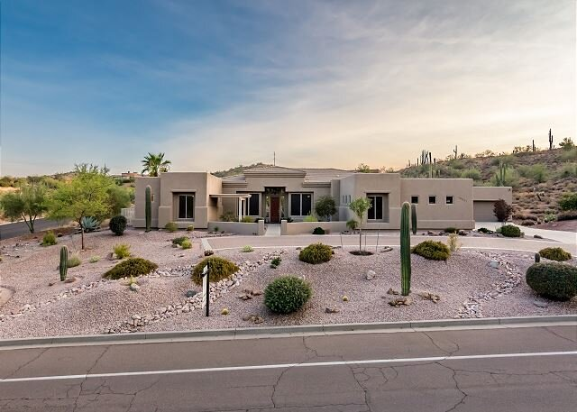 Desert Paradise   Home Office & Workout Area   Backyard Oasis with Pool, vacation rental in Fountain Hills