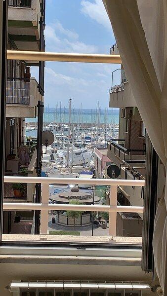 Appartamento sul Porto Nettuno, holiday rental in Latina Lido