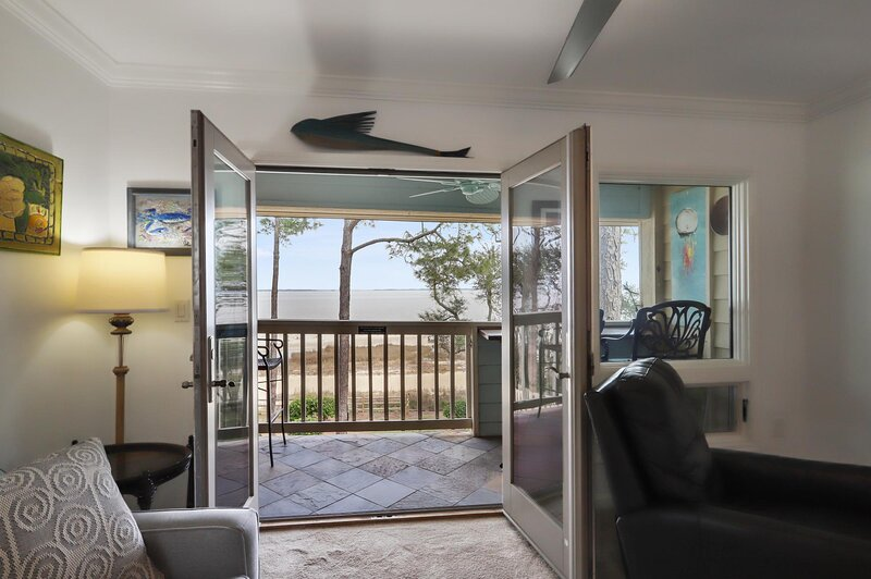 French doors open the balcony & amazing ocean & beach views!
