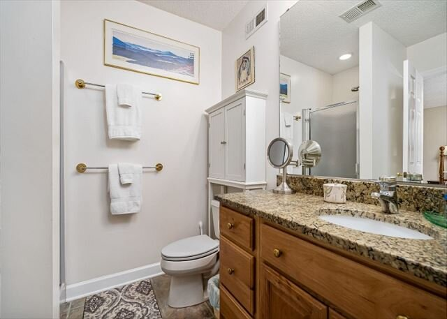 Full apartment bathroom w/walk-in shower