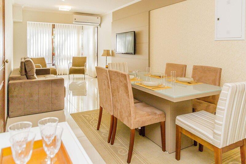 LOCAR-IN GRAMADO Apartamento Lindíssimo Centro II, vacation rental in Nova Petropolis