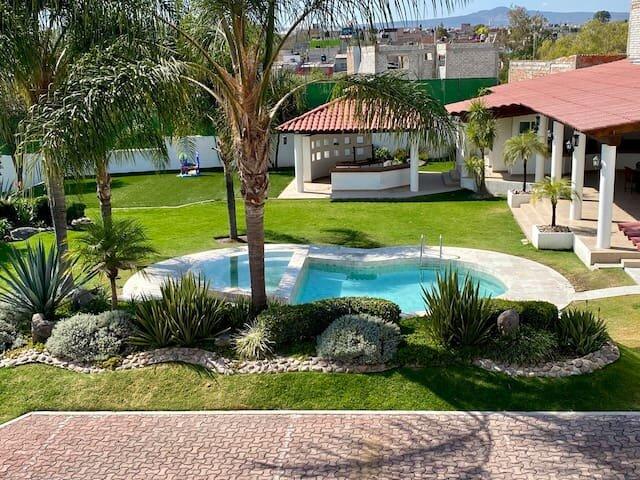 La Casa del mexiCano, Juriquilla Sta. Rosa, Querétaro, location de vacances à Queretaro