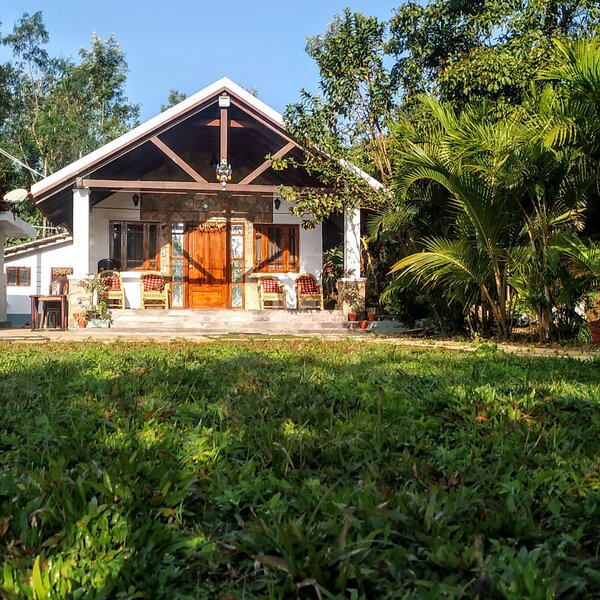 Still water homestay chikmagalur, holiday rental in Arasinaguppe