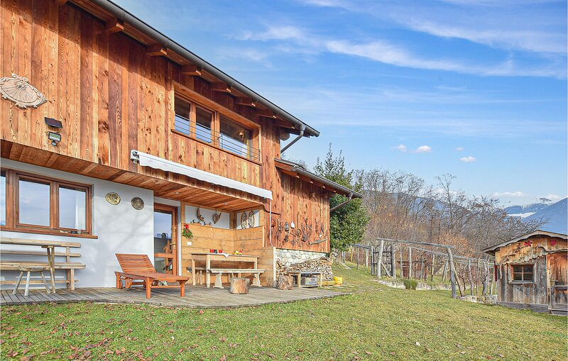 Stunning home in Telve di Sopra with 2 Bedrooms (IDD351), holiday rental in Roncegno Terme
