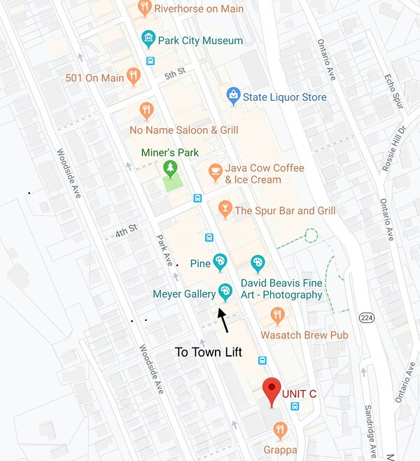 Located on Main Street, Next to Grappa Italian Restaurant and Riverhorse Provisions, and Walking Distance to Many More Restaurants, Shopping, Galleries and Night Clubs. Walk down Main Street to the Town Lift (about 1/2 mile) or Hop on the Old Town Trolley