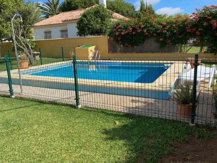 villa with private pool – semesterbostad i Fuente del Gallo