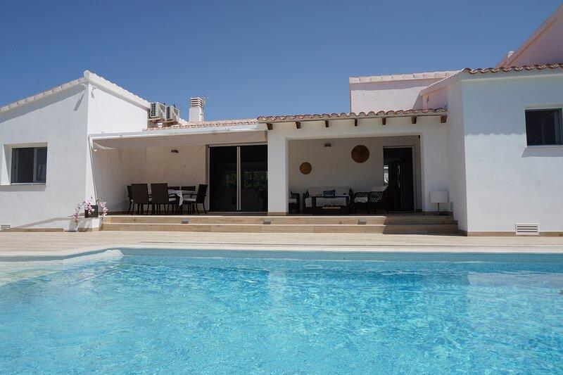 Villa Bruno en la playa de Les Deveses – semesterbostad i El Verger