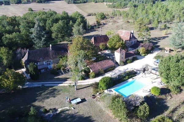 La Renardiere Gites/ Holiday Cottages, casa vacanza a Sainte-Alvere