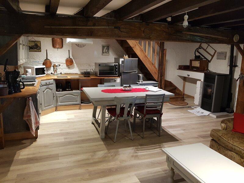 Tres beau gîte indépendant dans le Jura., location de vacances à Geruge