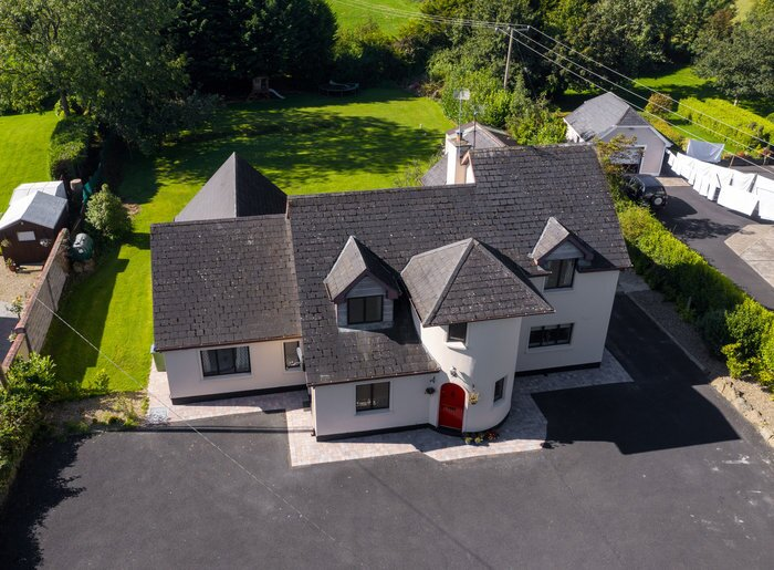 The Lodge, holiday rental in Cratloe