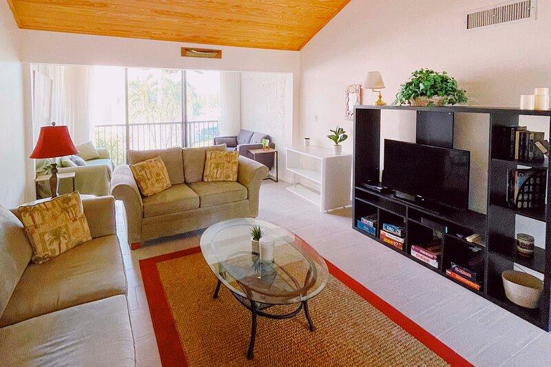 Fort Pierce Vacation Rental Resort Condo | 1BR | 1BA | 800 Sq Ft