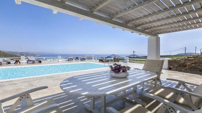 Pure White Villa, casa vacanza a Agios Sostis