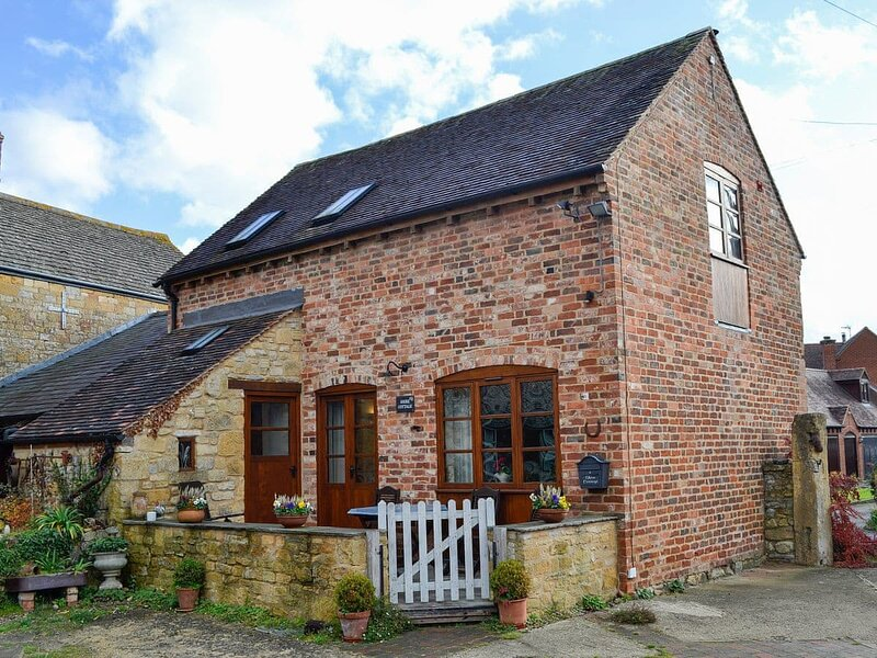Shire Cottage- 25392, holiday rental in Offenham