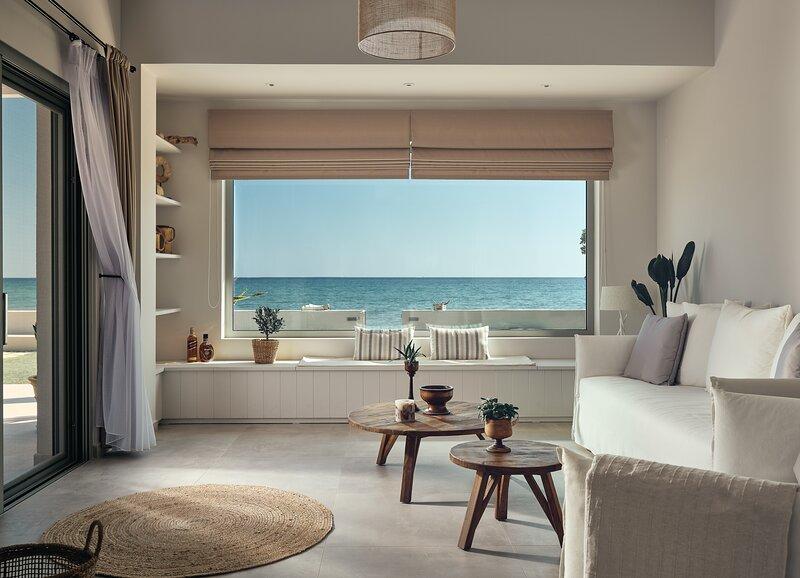 Astarte Villas - Onda Beach Villa, location de vacances à Argassi