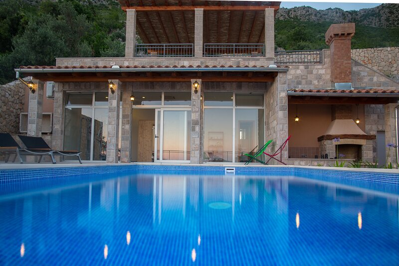 Villa Dia, holiday rental in Brsecine