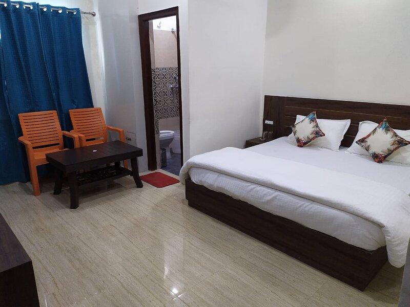 Hotel RK residency, holiday rental in Tapovan