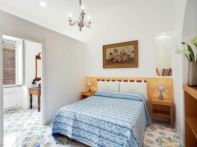 Appartamento Nonno Marino, aluguéis de temporada em Sant'Agnello