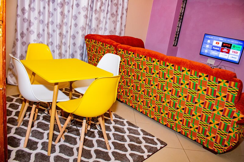 A tastefully furnished apartment in Nyali, holiday rental in Likoni