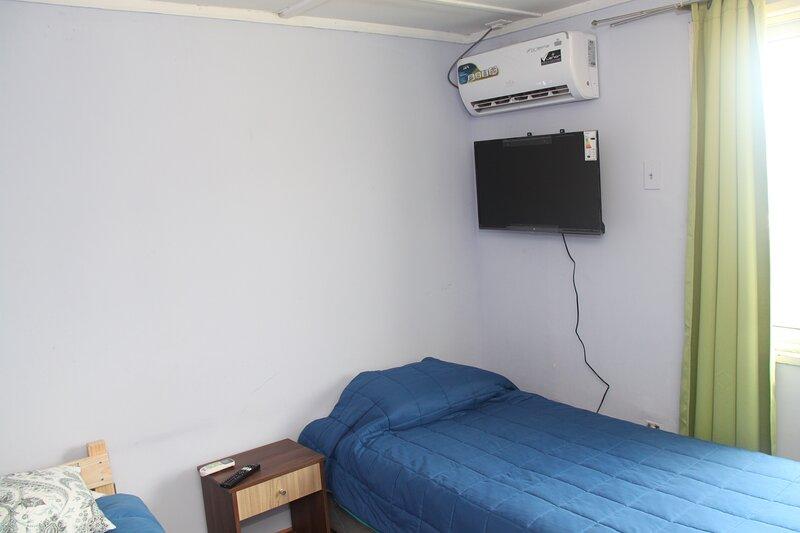 Habitación Cuadruple Baño compartido Hostel Vista al Cerro, alquiler vacacional en Rancagua