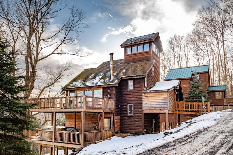 Heaven`s View - 51 Green Lane, holiday rental in Canaan Valley