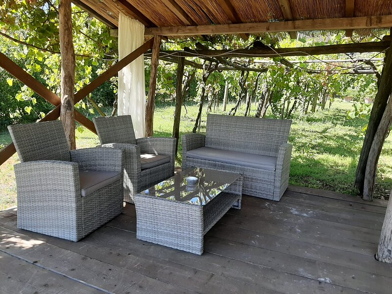 Vicopelago Villa Sleeps 7 with Pool and WiFi - 5882427, casa vacanza a Pozzuolo
