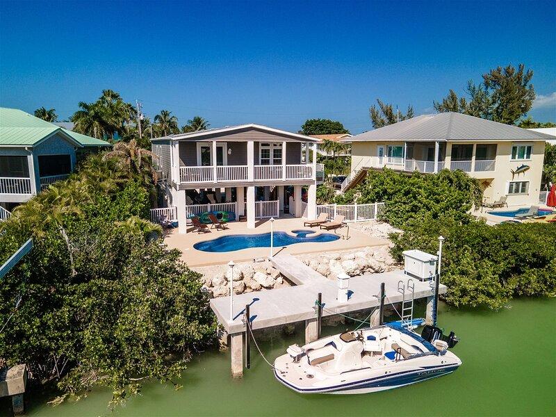 Serenity at Sombrero 3Bed/2Bath w/Private Pool, Spa & Dockage, vacation rental in Marathon Shores
