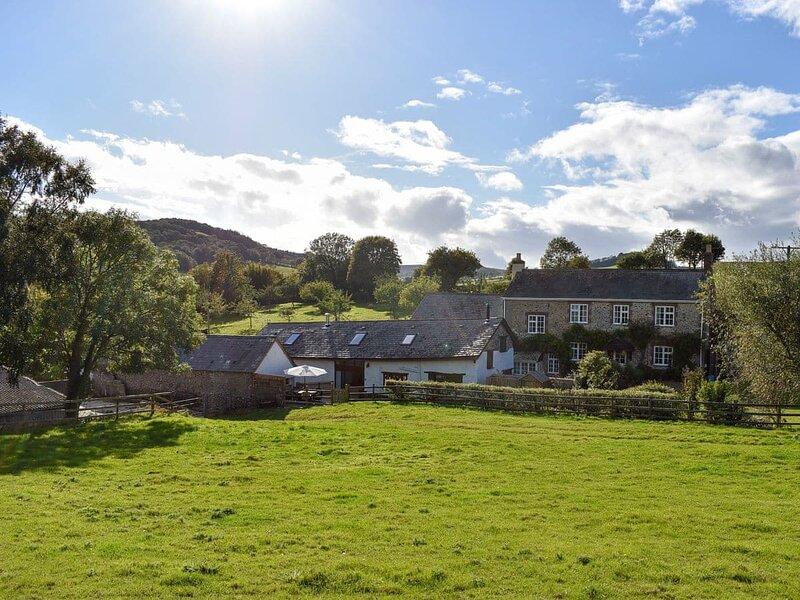 Gittishayne Farm Barn, holiday rental in Colyford