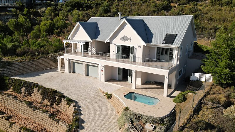 The Fishers beautiful lagoon and countryside views, holiday rental in Brenton-on-Sea