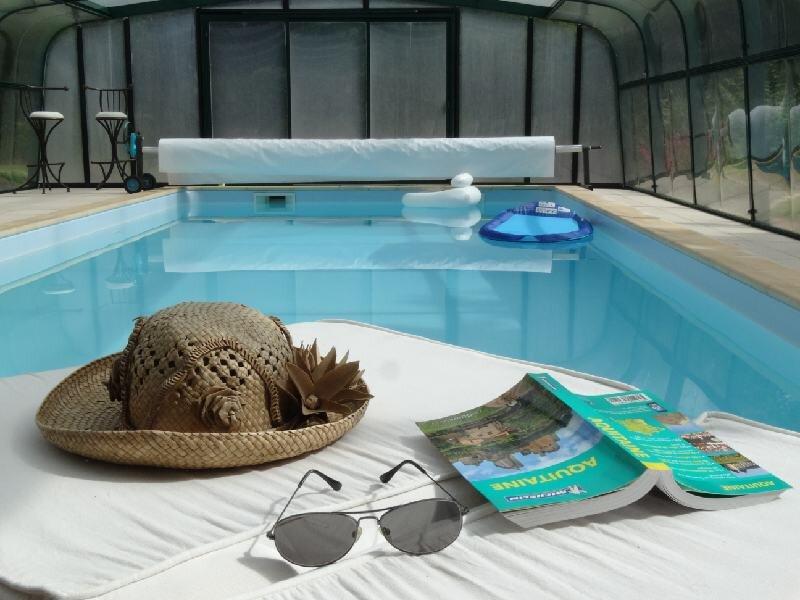 Tribord...cadre 'waouh' : un p'tit dej entre calme et verdure, holiday rental in Callen