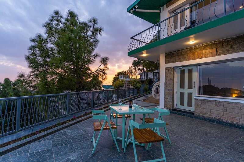 Serene by Vista Rooms, holiday rental in Solan