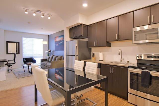 Urban Flat  San Mateo Suite Fresh & Clean, location de vacances à San Mateo