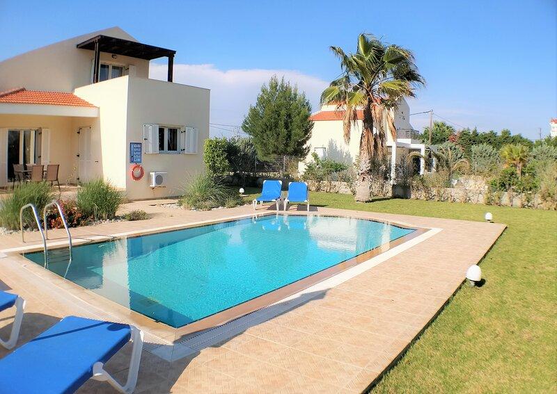 Athena Classico Villa, holiday rental in Kolimbia