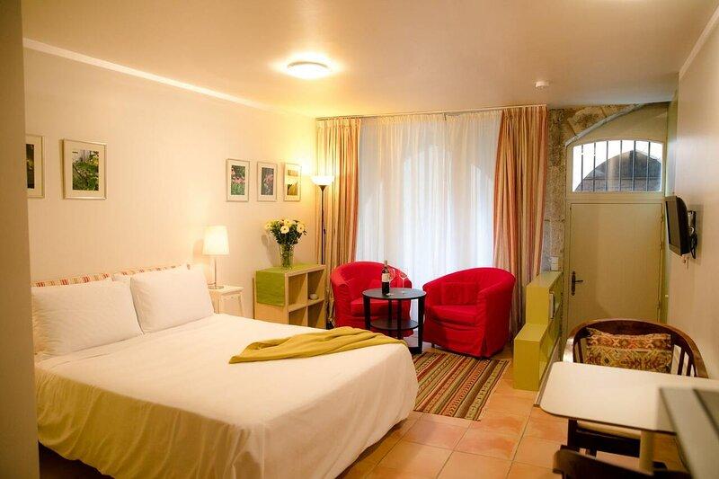 La Residence Studio, holiday rental in Saint-Antonin Noble Val