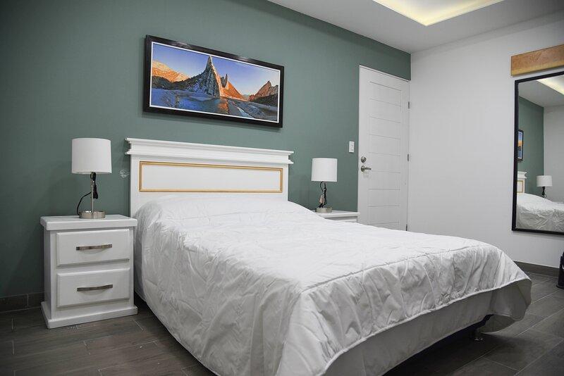 Casa moderna equipada como en hotel Habitación 4, location de vacances à Escobedo