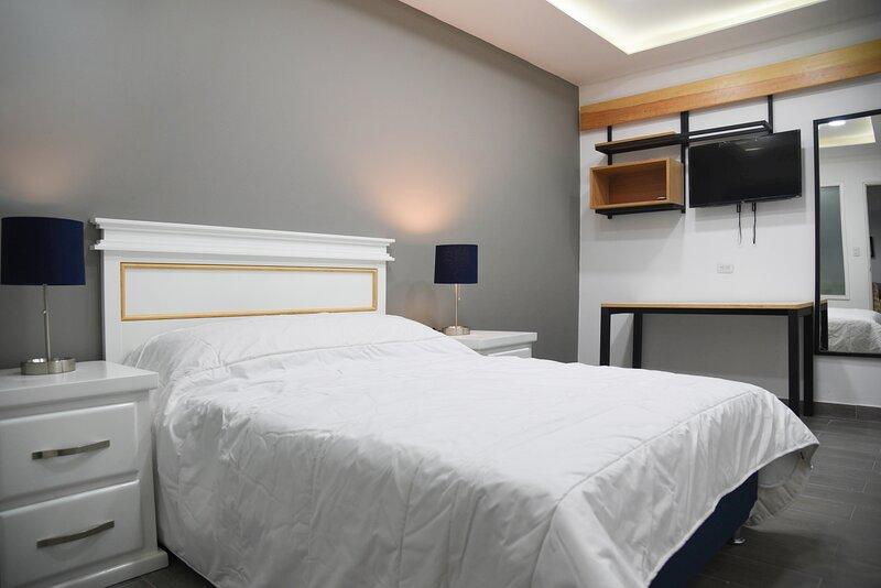 Casa moderna equipada como en hotel habitación 5, location de vacances à Escobedo