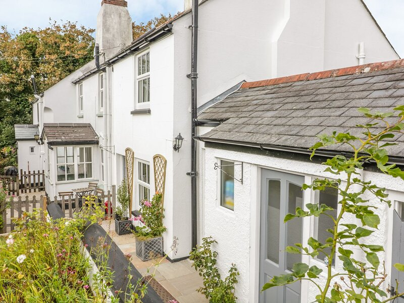 3 Rock Cottages, St Ann's Chapel, holiday rental in Holbeton