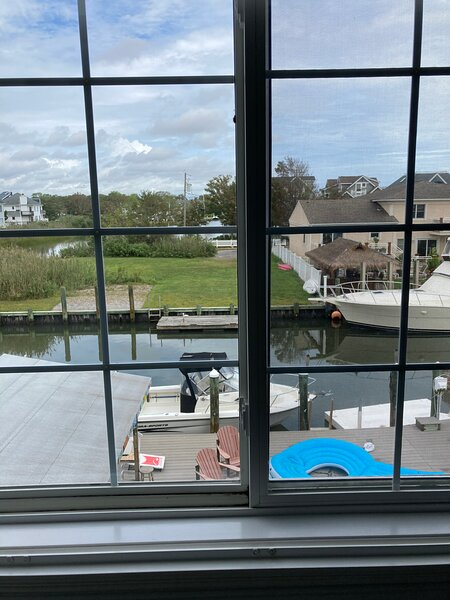 House on the Canal!, holiday rental in Howell