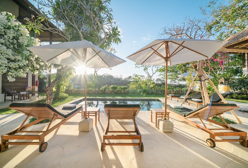 Villa Mariana-Four Bedroom with Private pool, holiday rental in Kedonganan