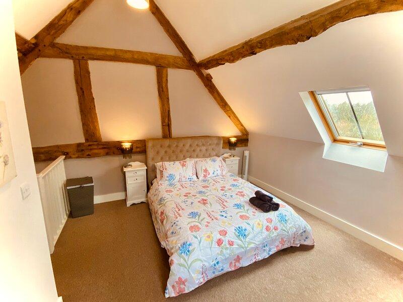 Waters Nook - Lake View Cottage, Shrewsbury, vacation rental in Bagley