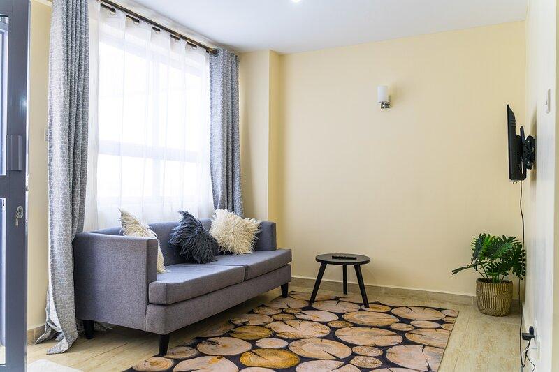 Juliett Wonder Apartment, vacation rental in Embakasi